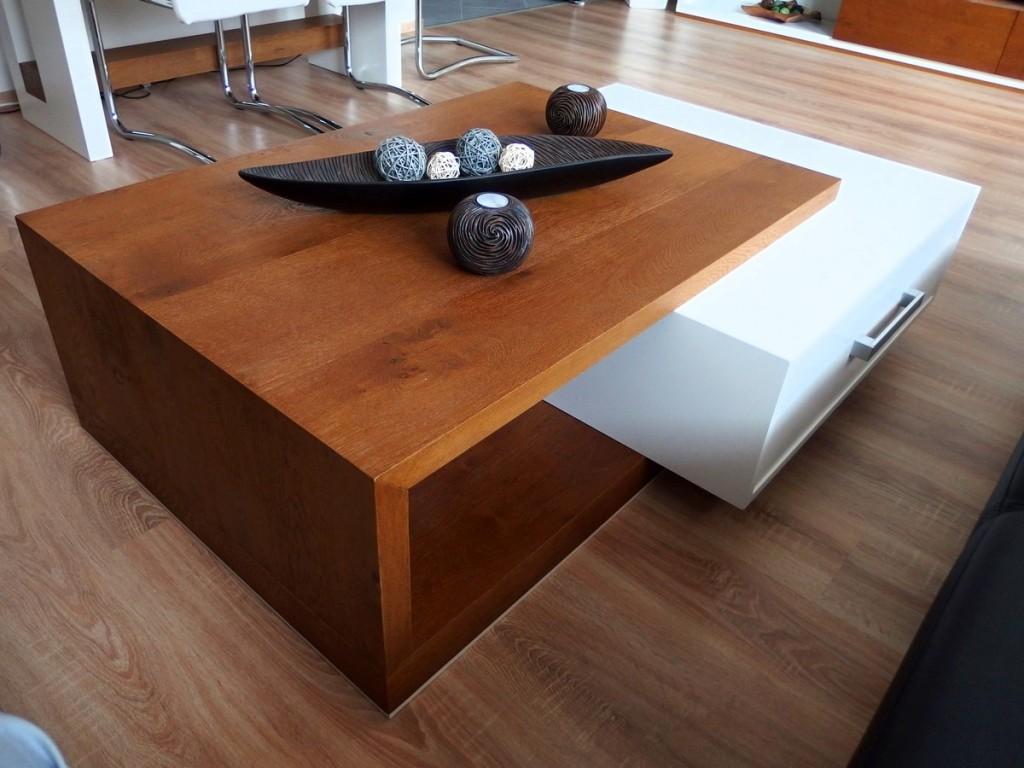 Luxusný konferenčný stol