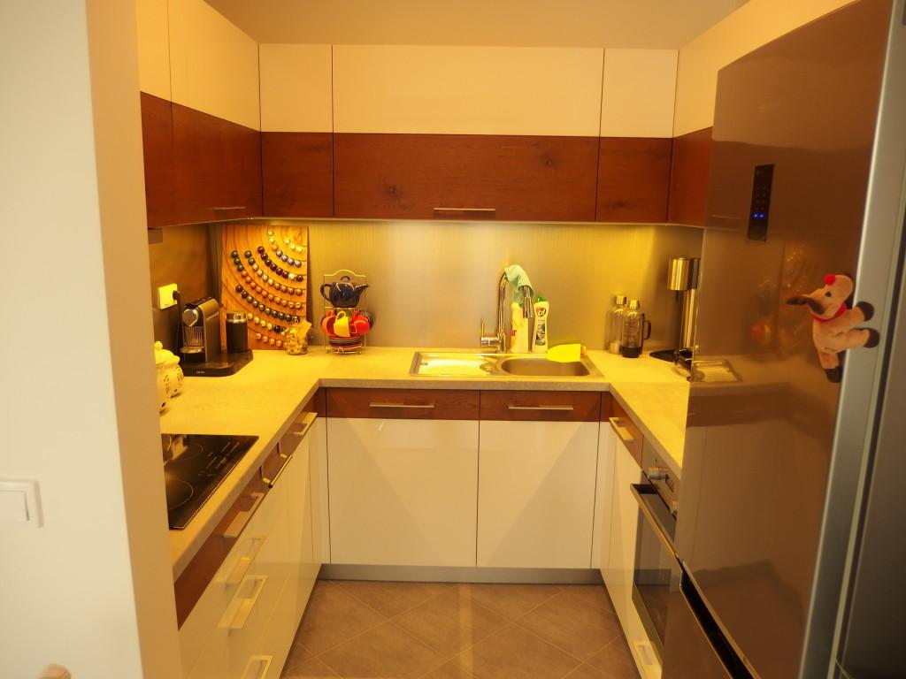 Kuchyna dub a lesk