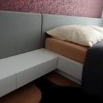 moderna postel na mieru